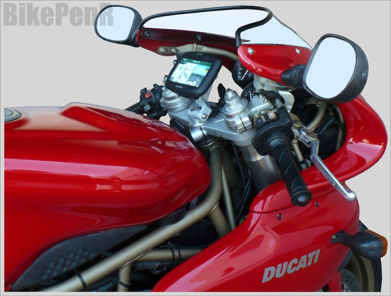 900ss-duc3-garmin.jpg